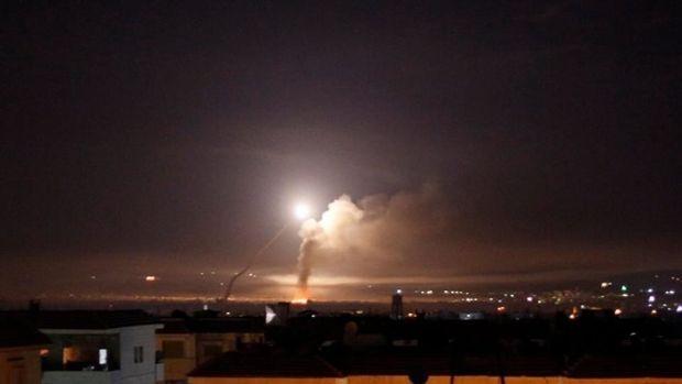 İsrail Hələbi bombaladı - VİDEO