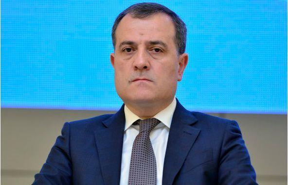 Oxu.az - Министр образования назначил нового завотделом