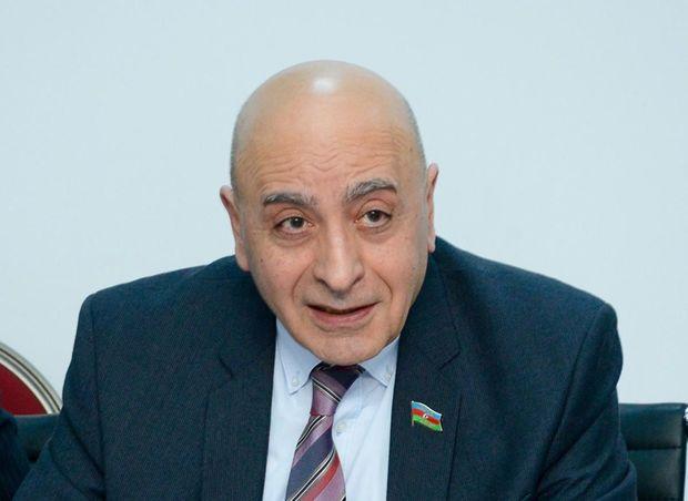 Rasim Musabəyov səs itirdi - Oxu.az