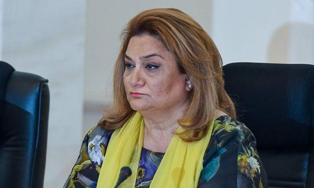 Hicran Hüseynova vəzifəsindən azad edildi