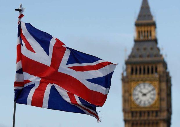 Böyük Britaniya 70 yaşdan yuxarı bütün vətəndaşlarını təcrid etməyi planlaş ...