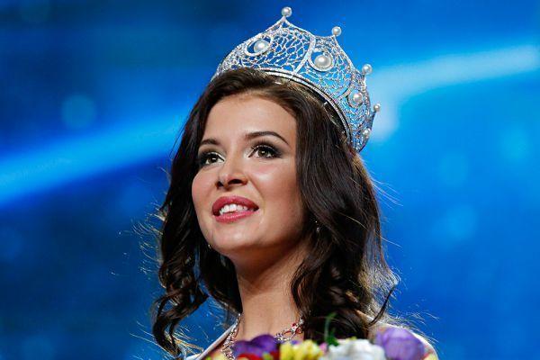 """""""Miss Rusiya-2015""""in qalibi koronavirus şübhəsi ilə xəstəxanaya yerləşdiril ..."""
