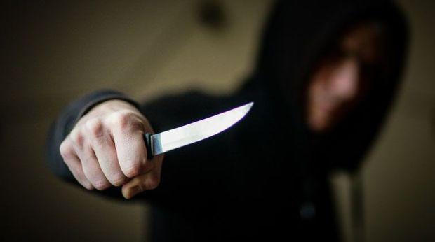 İmişlidə 22 yaşlı oğlan bacısının ərini bıçaqladı