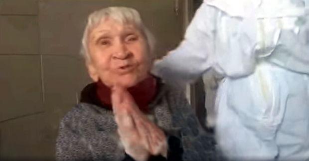 Qocalar evinin 100 yaşlı sakini koronavirusa qalib gəldi - VİDEO
