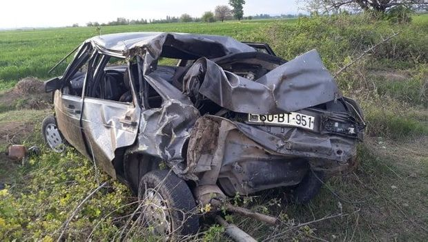 Tovuzda yüksək sürət can aldı: Kanala aşan avtomobildə bir nəfər öldü, digə ...