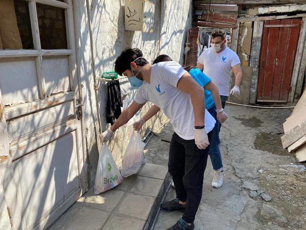 Azərbaycan könüllüləri pandemiya ilə mübarizənin ön xəttində! - FOTO