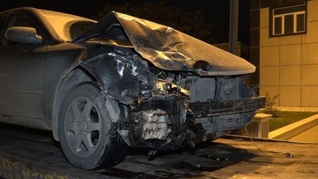 Manevr qaydasını pozan sürücü qəza törətdi, yaralılar var - VİDEO
