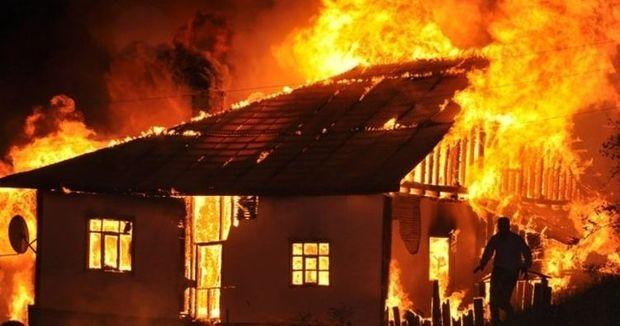 Abşeronda üç otaqlı ev yandı