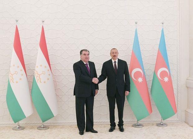 Tacikistan Prezidenti İlham Əliyevi Respublika Günü münasibətilə təbrik edi ...