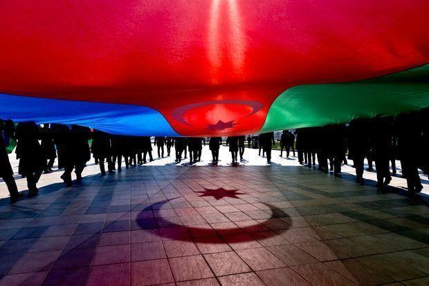 Azərbaycanda Respublika Günü qeyd edilir - VİDEO