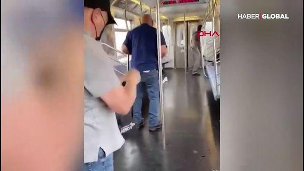 Metroda baş verən silahlı hücum kameralara düşdü - VİDEO