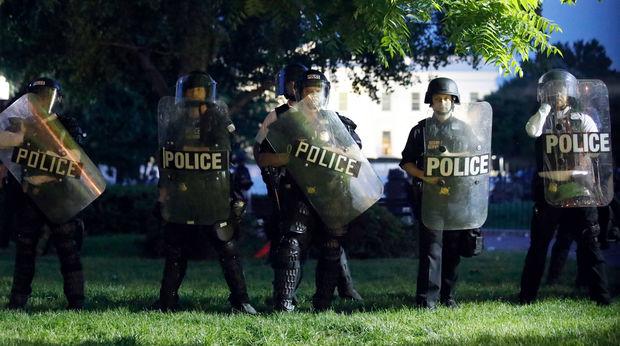 ABŞ-da atışma: Ölənlər və yaralanan var
