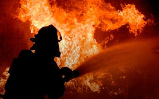 Şamaxıda üçotaqlı ev yandı