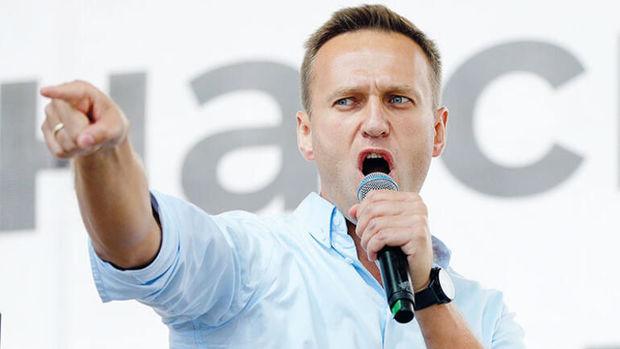 """Navalnini Berlinə aparan şəxs: """"O yaşayacaq, ancaq bir neçə ay siyasətlə mə ..."""