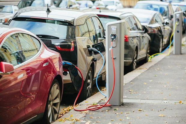 ABŞ-da 2035-ci ildən benzinlə işləyən avtomobillərin satışı qadağan ediləcə ...