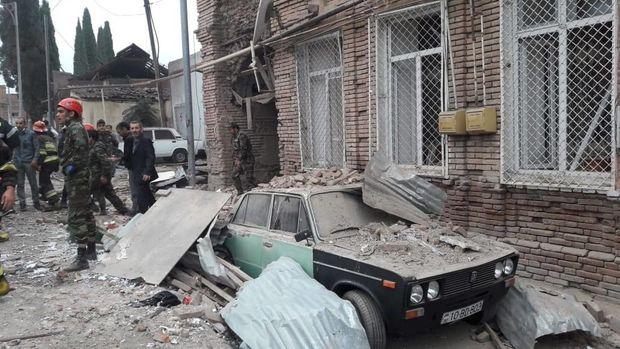 Ermənistanın Gəncəni atəşə tutması nəticəsində bir nəfər ölüb, 4 nəfər yara ...