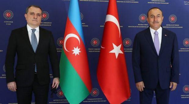 Mövlud Çavuşoğlu və Ceyhun Bayramov humanitar atəşkəsin pozulması ilə bağlı ...