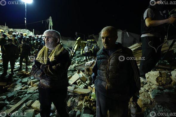 Кадры из Гянджи, пострадавшей от очередного ракетного удара Армении