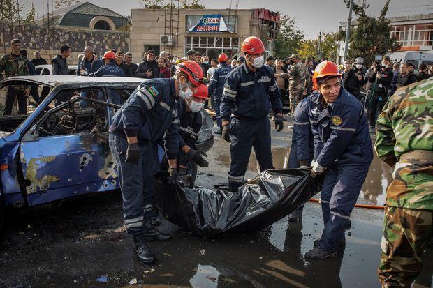 Amerikalı jurnalistlər Bərdədə Ermənistanın raket atəşinə tuş gəldilər - FOTO