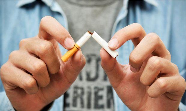 Paytaxtda tütün məmulatlarının istehsalı kəskin azalıb