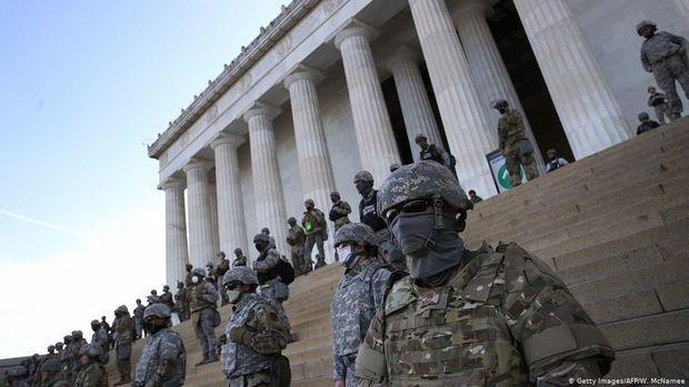 Tramp ABŞ Milli Qvardiyasının hərbçilərini etirazları yatırmağa göndərdi - VİDEO
