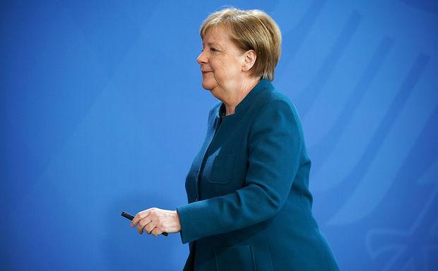 Angela Merkelin partiyasında sədr seçkiləri keçiriləcək - VİDEO