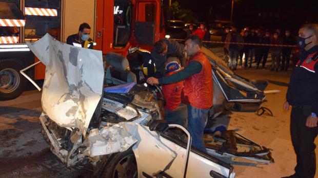 Antalyada üç nəfərin ölümünə səbəb olan qəzanın görüntüləri - ANBAAN VİDEO