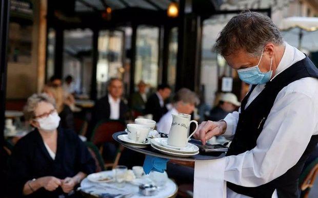 Pandemiya restoranların gəlirlərinə necə təsir edib?
