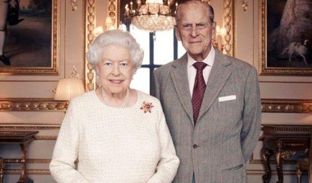 Britaniya kraliçasının həyat yoldaşı II Filip xəstəxanaya yerləşdirilib