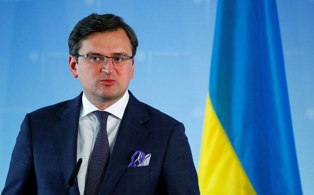 Глава МИД Украины назвал условие открытия огня на Донбассе