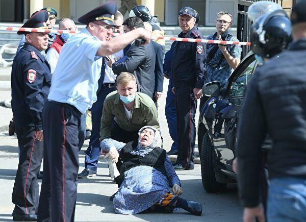 В Татарстане объявили траур после стрельбы в казанской школе