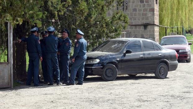 На одном из избирательных участков в Армении прозвучали выстрелы