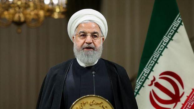 İran prezidenti ölkə parlamentini sanksiyaların ləğvinə mane olmaqda ittiham etdi